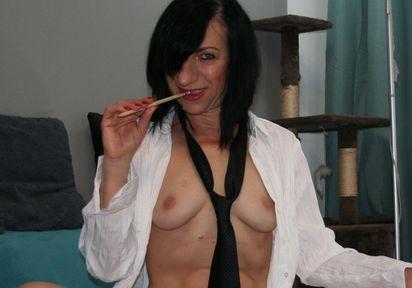 EroticNude (24 Jahre)