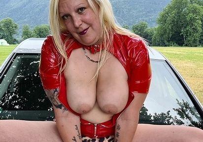 SexyJaqueline (32 Jahre)